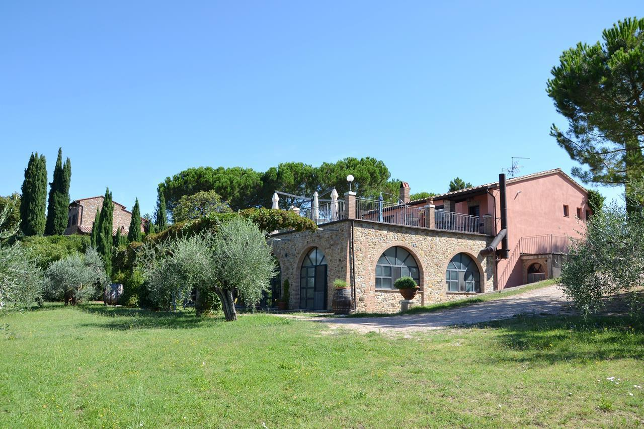 Agriturismo in vendita a Città della Pieve, 25 locali, prezzo € 1.500.000 | Cambio Casa.it
