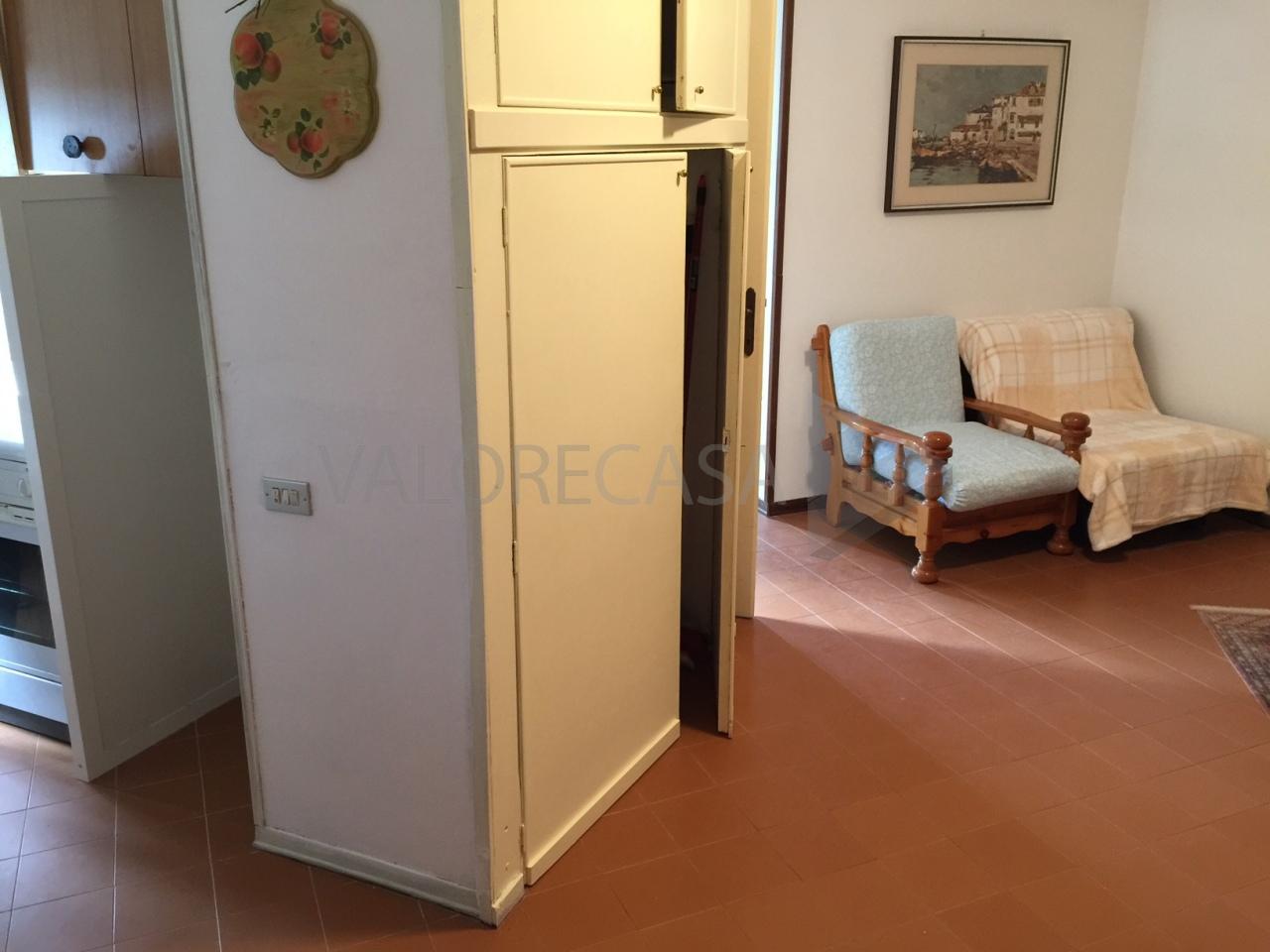 vendita appartamento carrara   110000 euro  2 locali  40 mq