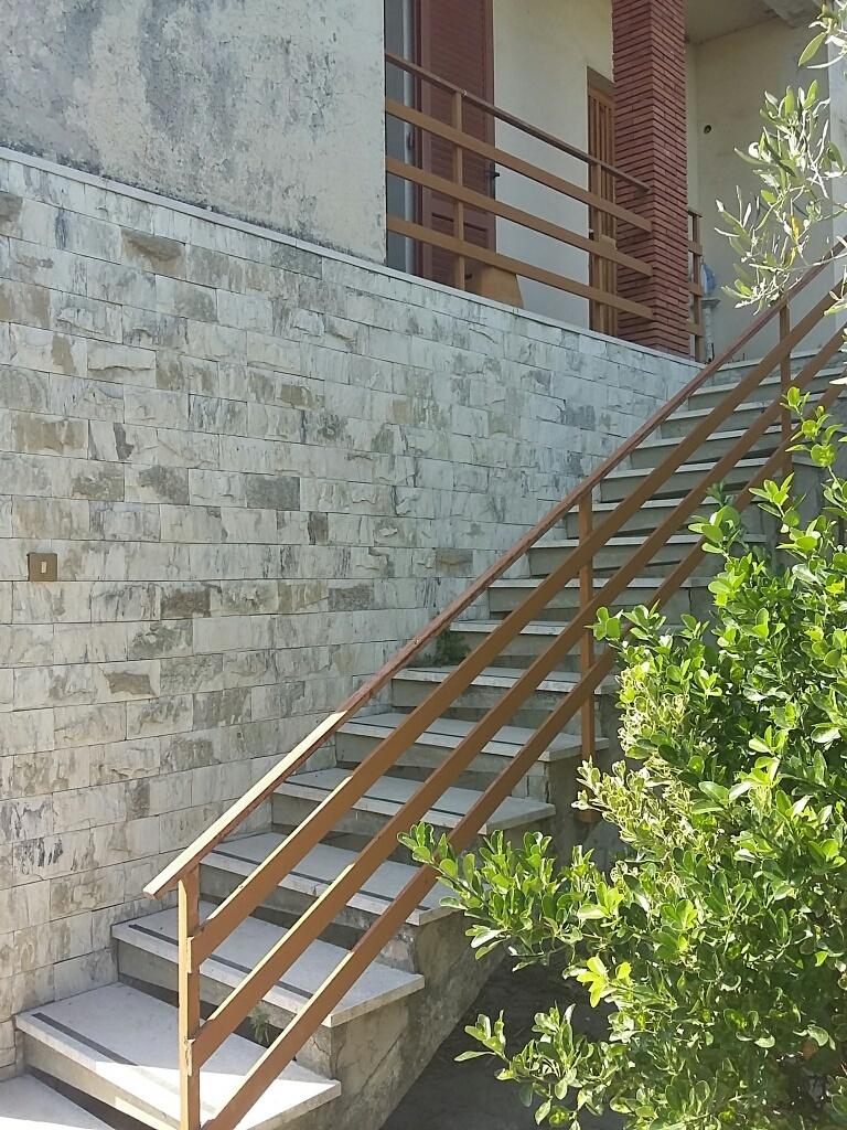 Villa in vendita a Cascina, 4 locali, prezzo € 360.000 | Cambio Casa.it