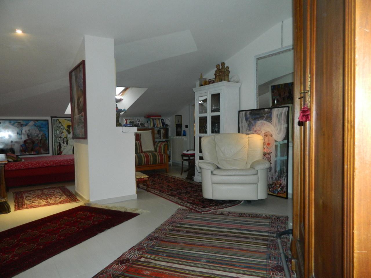 vendita appartamento sarzana   149000 euro  3 locali  75 mq