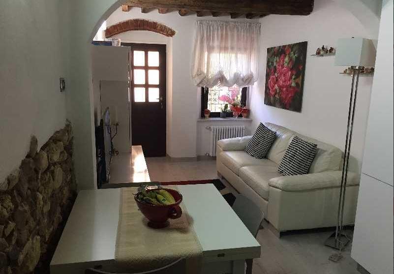 vendita casa semindipendente carrara   175000 euro  3 locali  60 mq