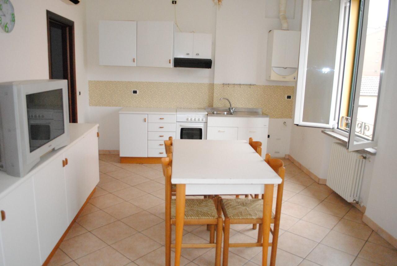Appartamento in affitto a Fornovo di Taro, 3 locali, prezzo € 400 | CambioCasa.it
