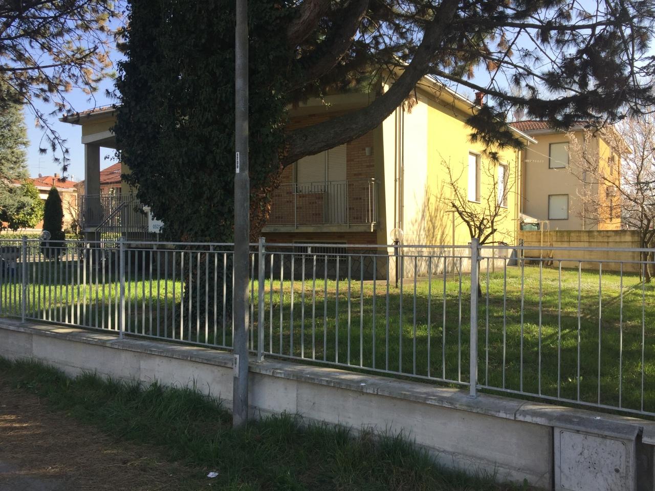 Soluzione Indipendente in vendita a Collecchio, 5 locali, prezzo € 320.000 | CambioCasa.it