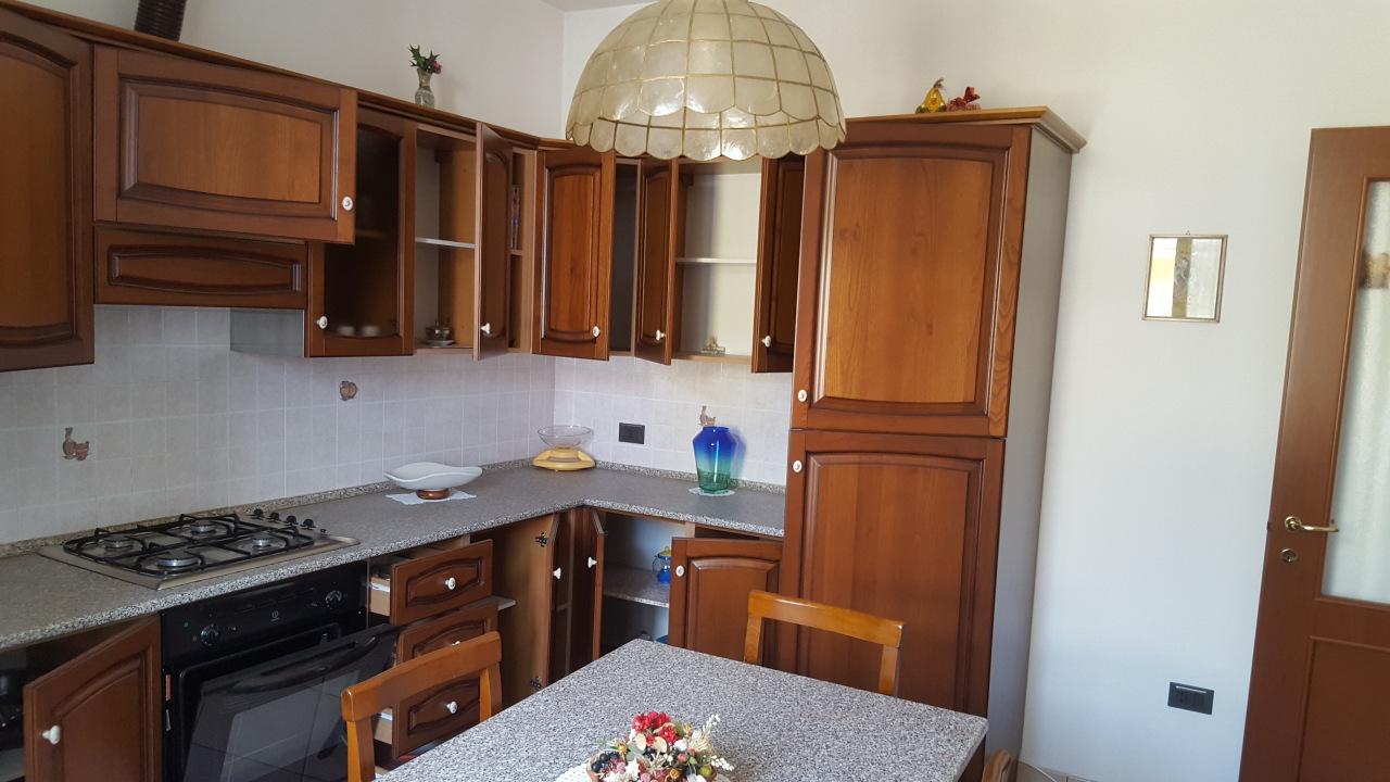 Appartamento in vendita a Pontecchio Polesine, 5 locali, prezzo € 95.000 | CambioCasa.it
