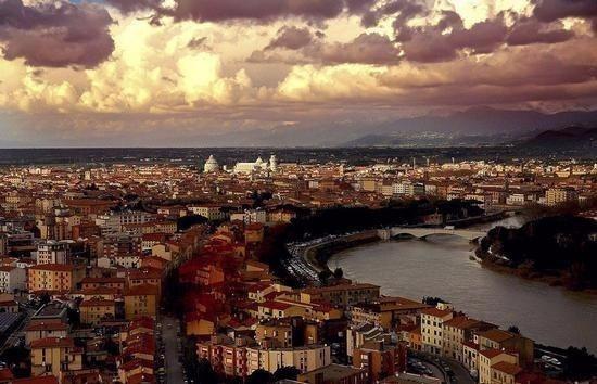 Negozio / Locale in affitto a Pisa, 2 locali, prezzo € 5.000 | Cambio Casa.it