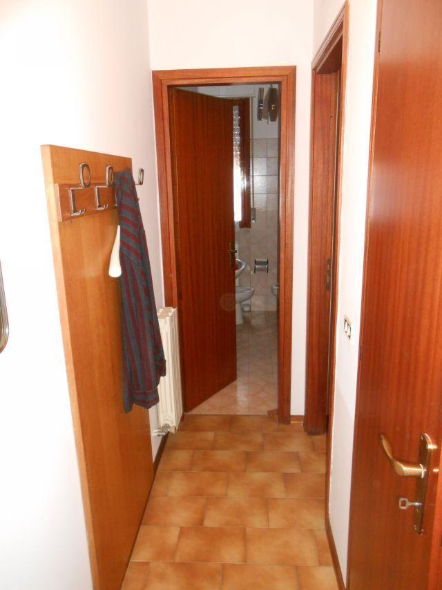 Bilocale Viareggio  8