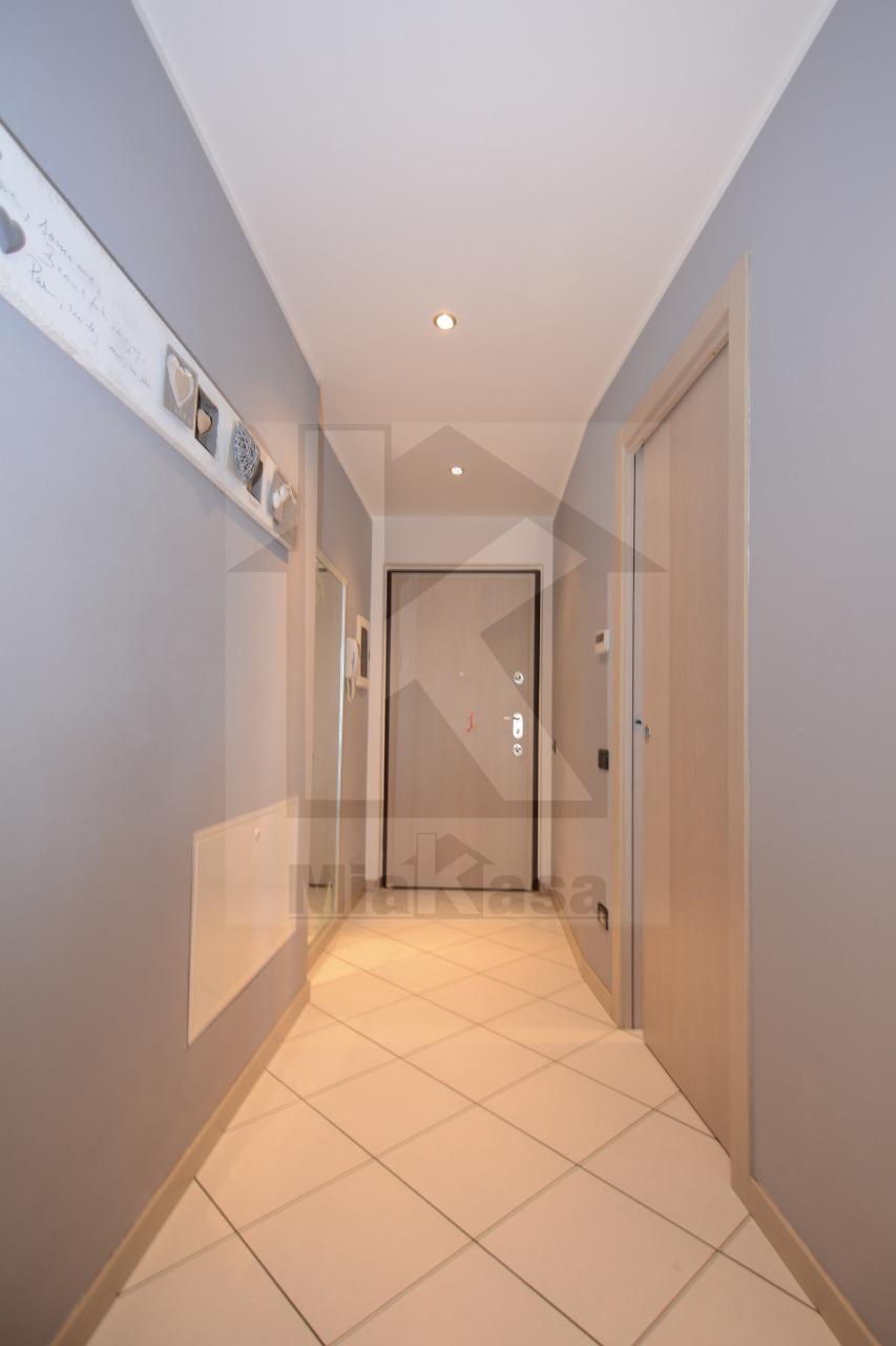 Appartamento in vendita a Uboldo, 4 locali, prezzo € 225.000 | Cambio Casa.it