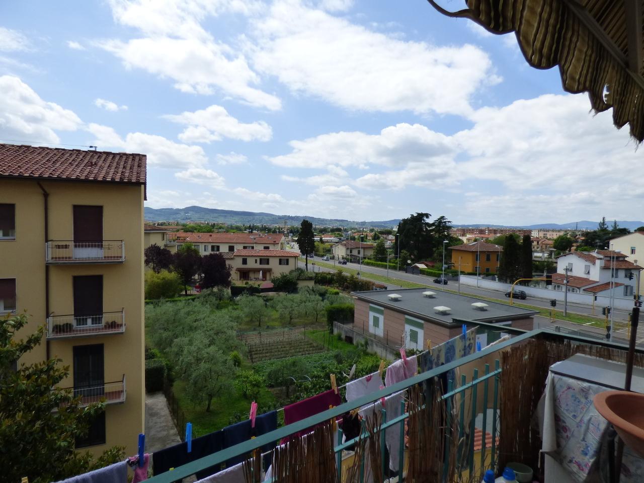 Bilocale Firenze Via Arcipressi \\ 8