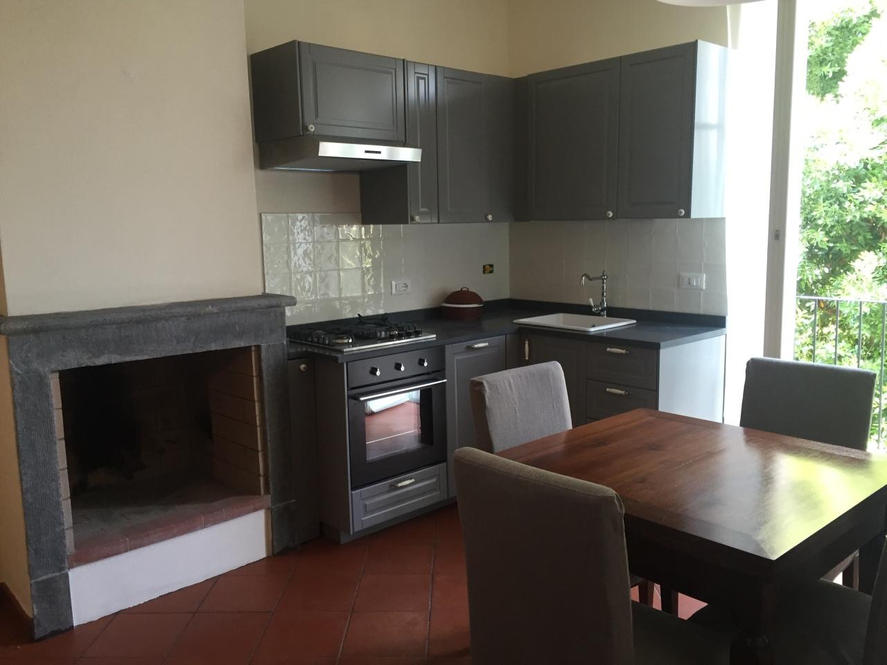 Appartamento, viali stazione, Affitto/Cessione - Massa
