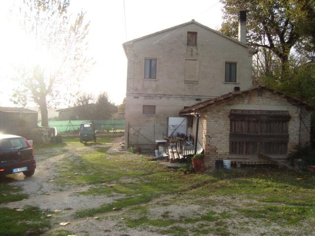 Soluzione Semindipendente in vendita a Monte San Vito, 5 locali, prezzo € 150.000 | Cambio Casa.it