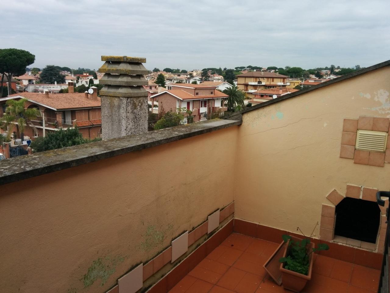 Bilocale Ardea Via Ticino 8