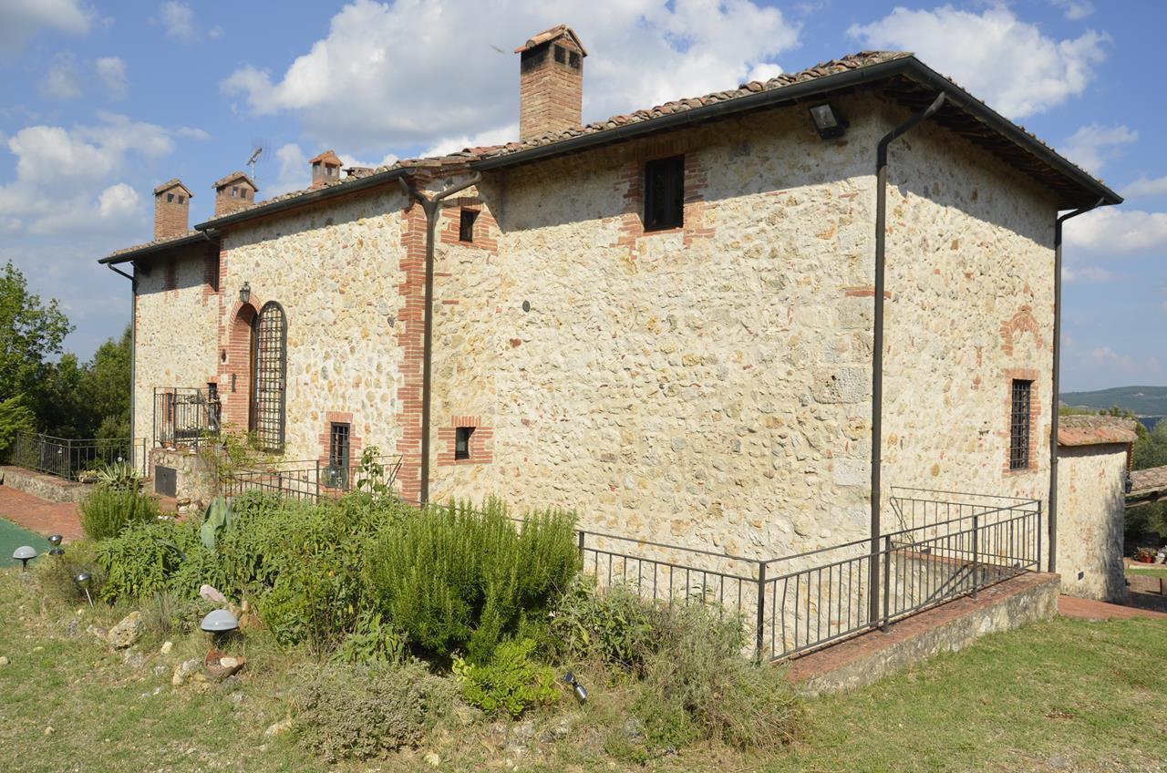 Villa in vendita a Sovicille, 16 locali, prezzo € 1.600.000 | CambioCasa.it