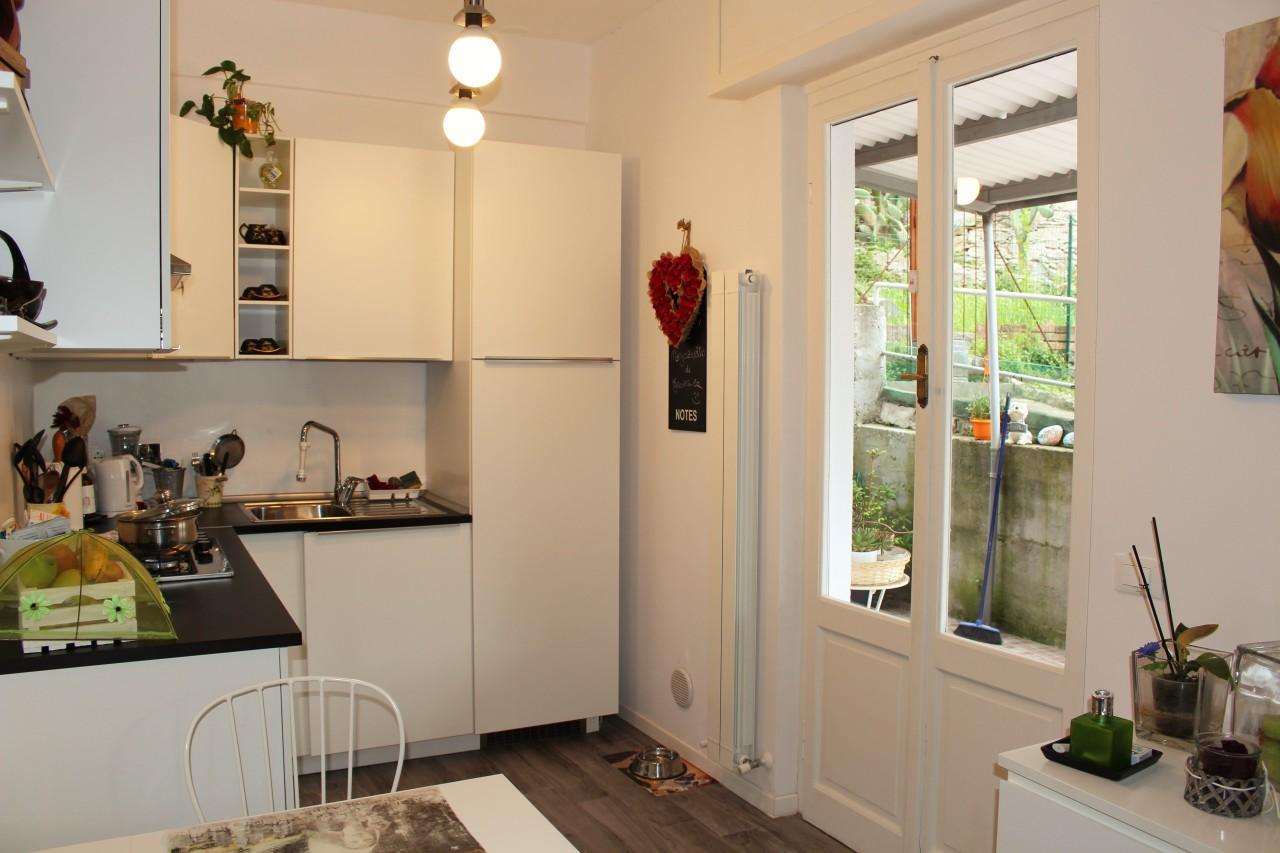 Appartamento in affitto a Recco, 4 locali, prezzo € 590 | CambioCasa.it