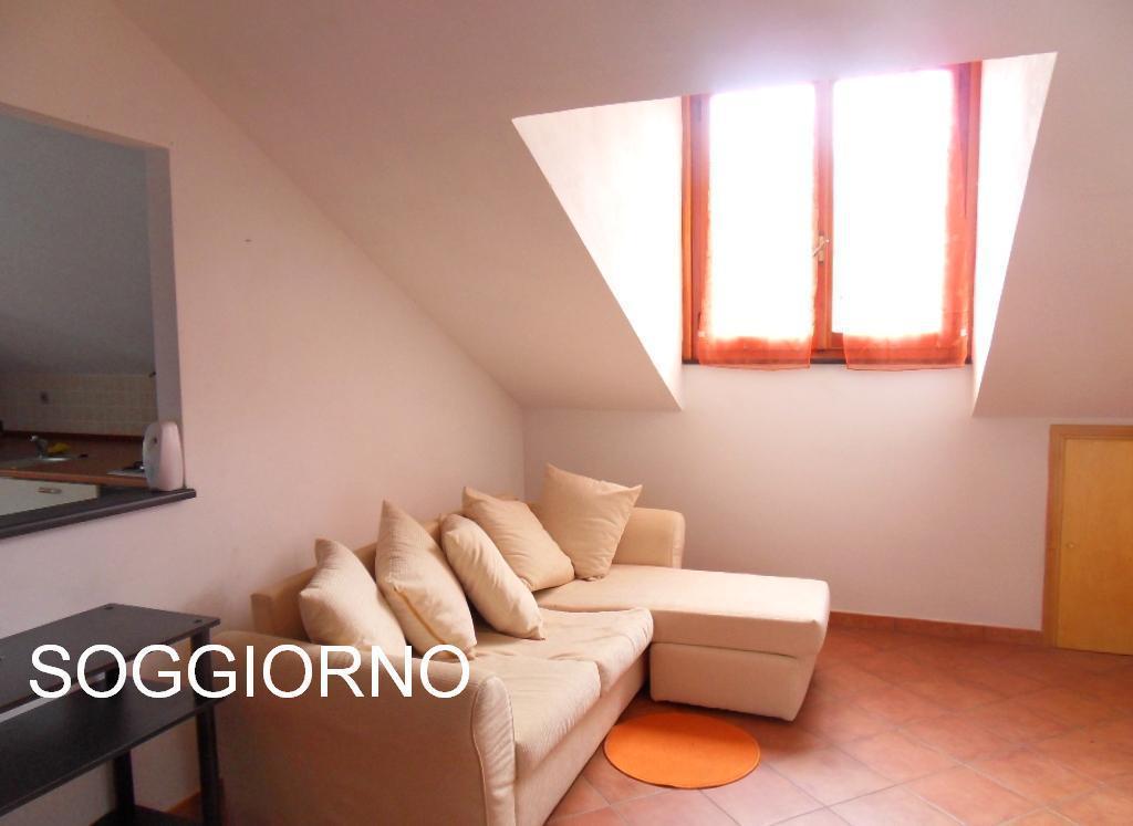 Attico / Mansarda in affitto a Avegno, 3 locali, prezzo € 450 | Cambio Casa.it