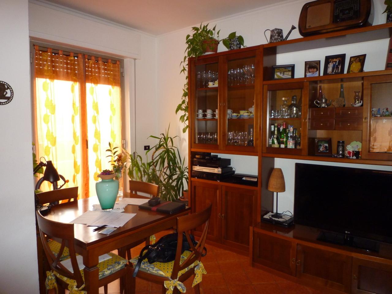Bilocale Casella Via C Colombo  12 1