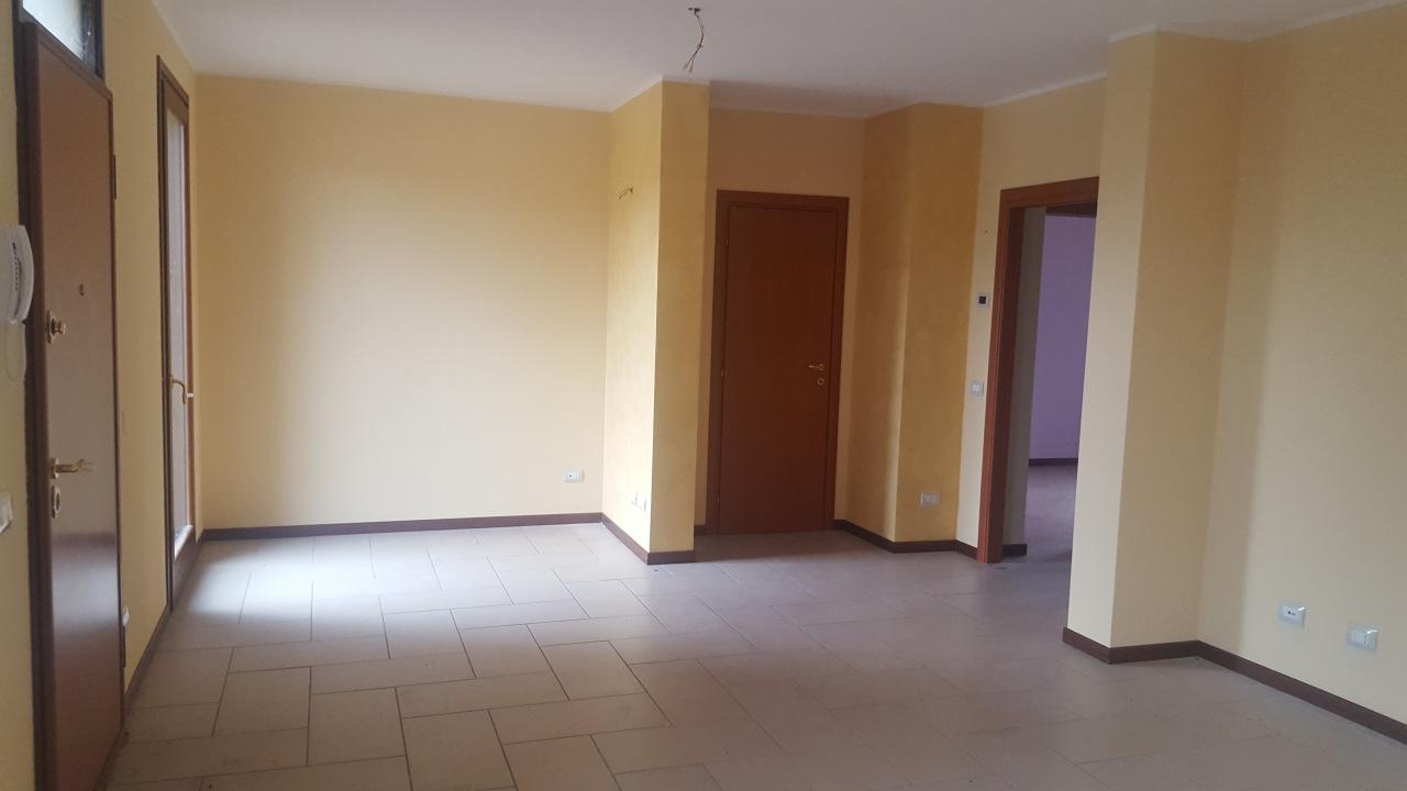 Appartamento in vendita a Villadose, 4 locali, prezzo € 75.000 | CambioCasa.it