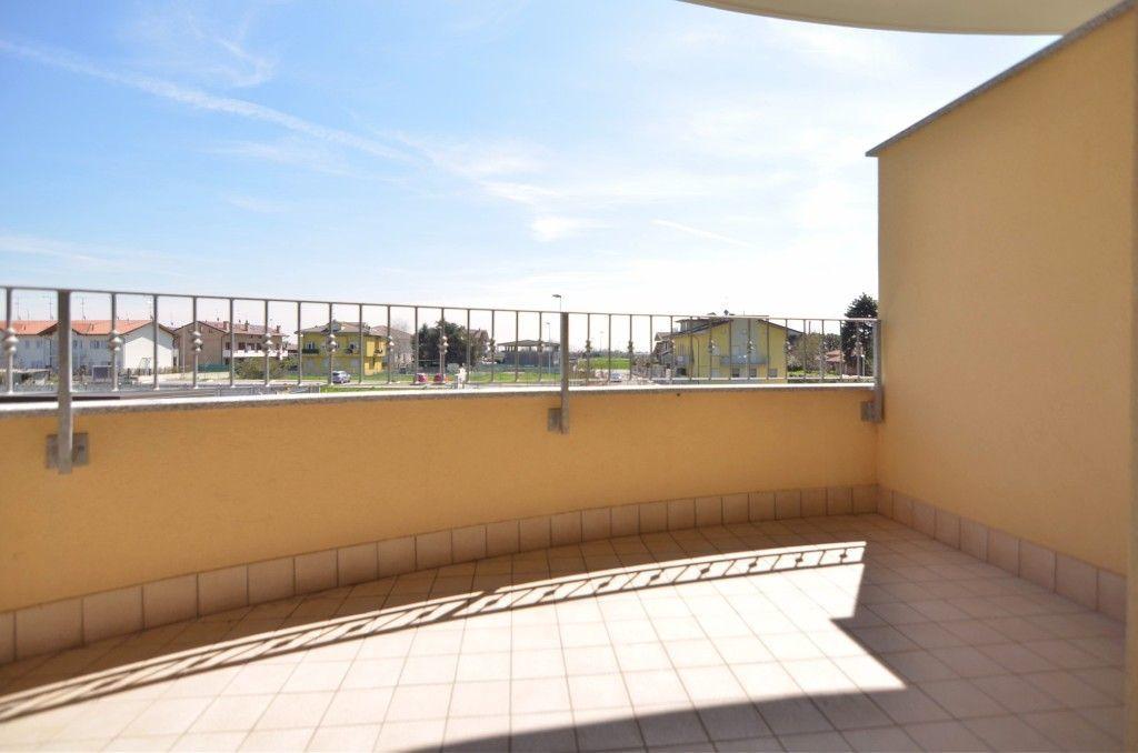 Appartamento in vendita a Uboldo, 3 locali, prezzo € 225.000 | Cambio Casa.it