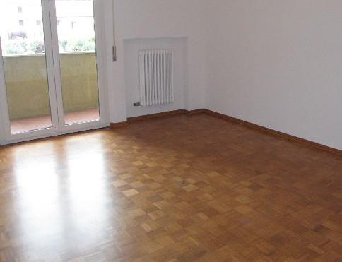 Appartamento in affitto a Castelbellino, 5 locali, prezzo € 450 | Cambio Casa.it