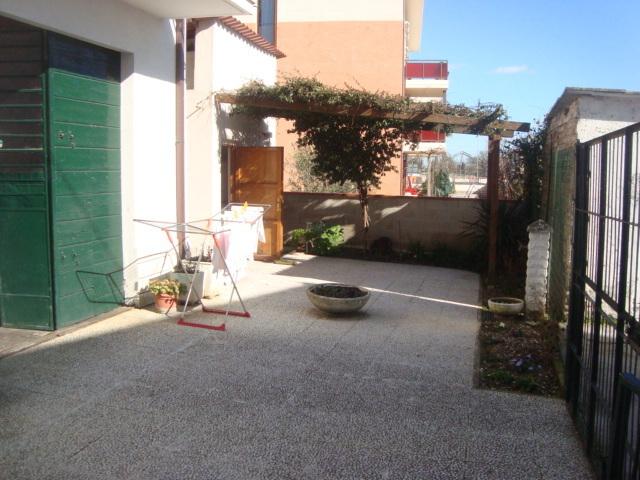 Soluzione Indipendente in vendita a Jesi, 6 locali, prezzo € 175.000 | Cambio Casa.it