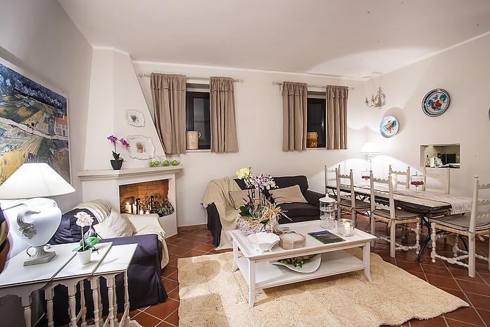 Villa in vendita a Orbetello, 11 locali, prezzo € 950.000 | Cambio Casa.it