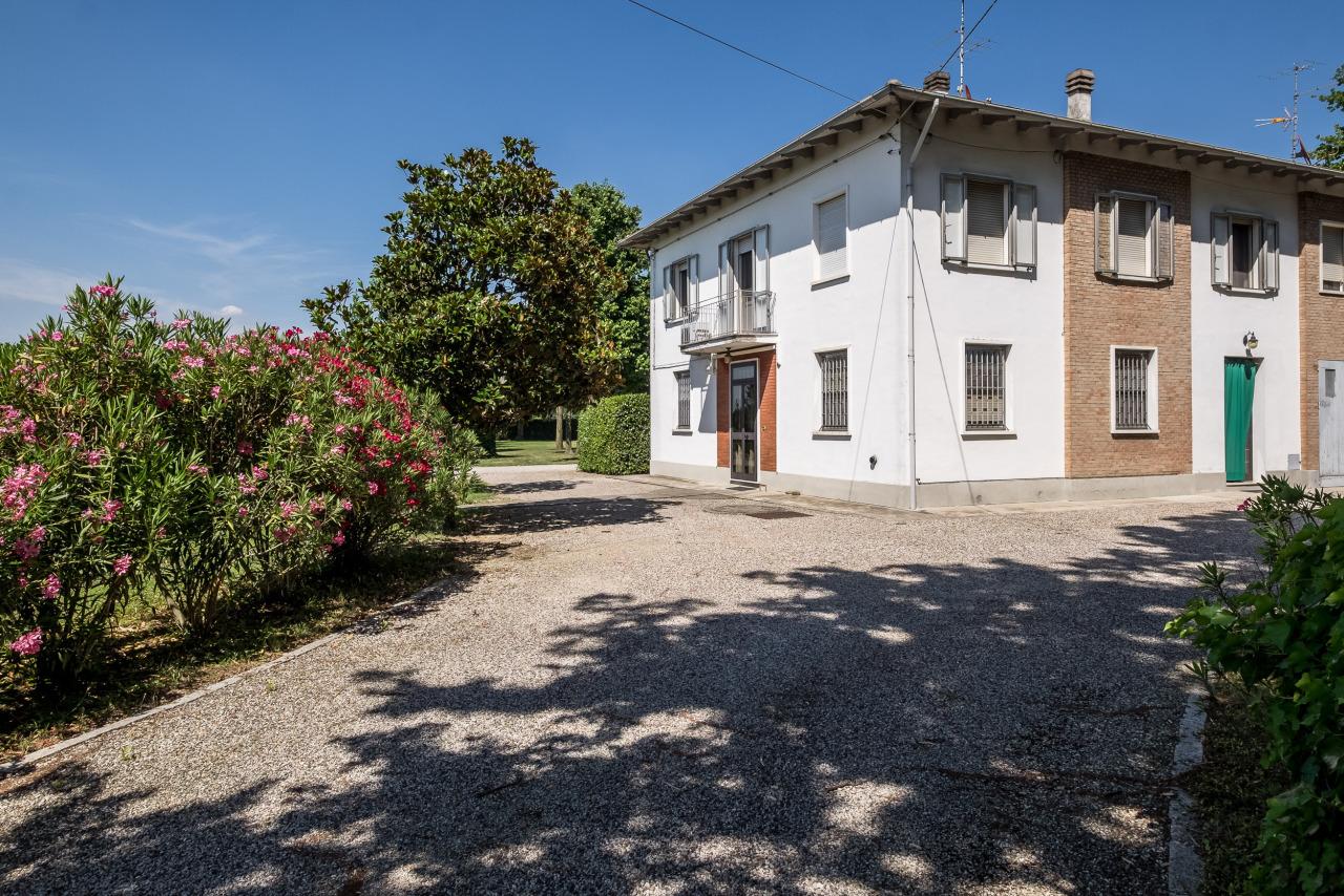 Appartamento, 233 Mq, Vendita - San Pietro In Casale