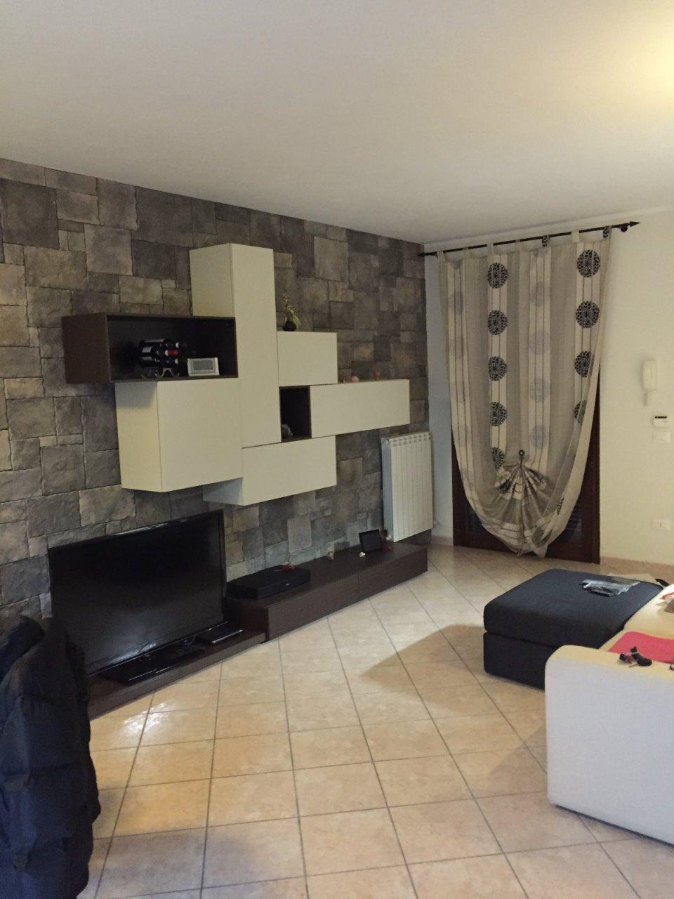 Villa in vendita a Calcinaia, 4 locali, prezzo € 170.000 | Cambio Casa.it