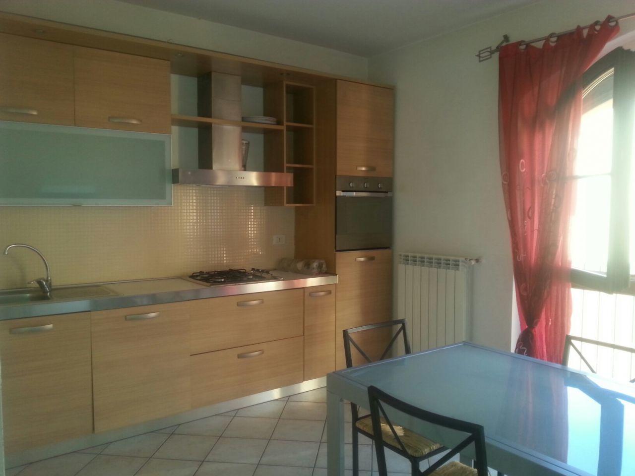 Appartamento in affitto a Cascina, 4 locali, prezzo € 650   Cambio Casa.it