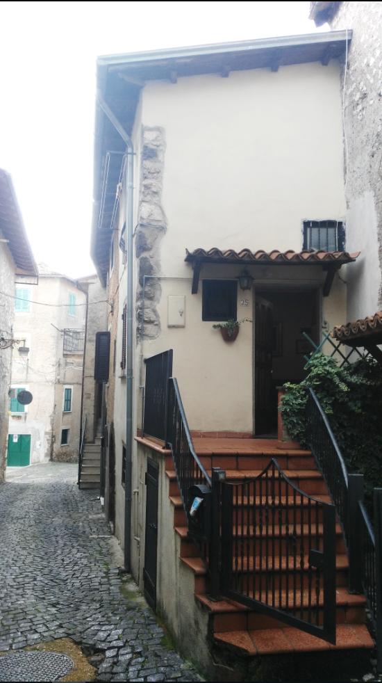 Bilocale Segni Via Santa Lucia 1