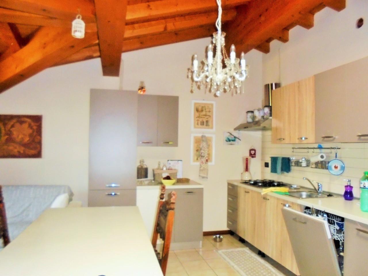 vendita appartamento erbusco   115000 euro  2 locali  60 mq