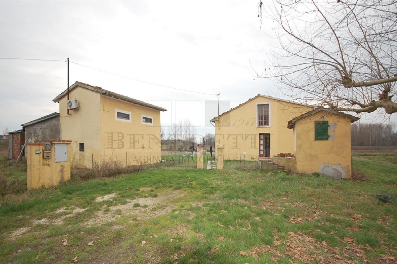 Rustico / Casale in vendita a Pietrasanta, 10 locali, prezzo € 590.000 | Cambio Casa.it