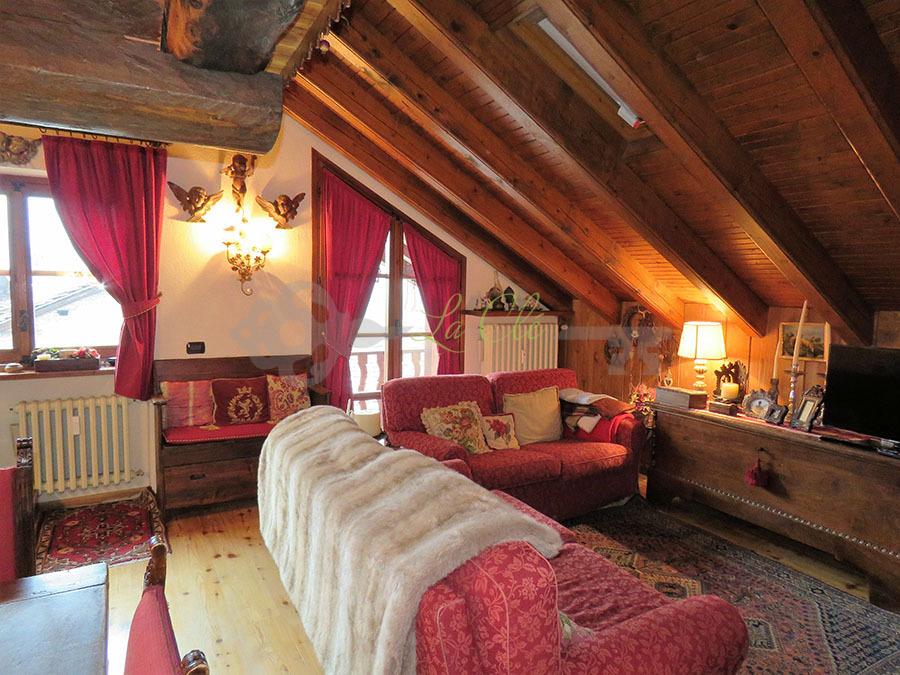 Bilocale Courmayeur Via Val Sapin 5