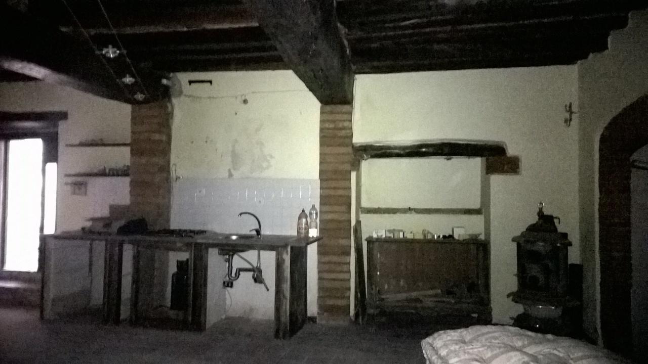 Bilocale Lugnano in Teverina Vicolo Degli Archi 2