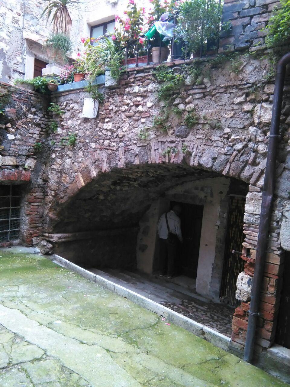 Bilocale Lugnano in Teverina Vicolo Degli Archi 12