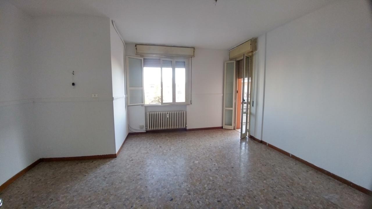 modena vendita quart: modena est immobiliare 227 snc di fabbri stefano e c.