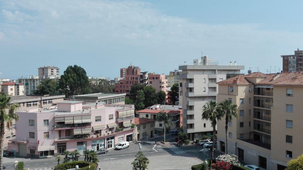Bilocale Taggia Via Colombo 2
