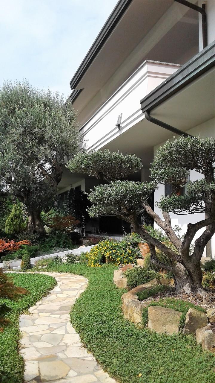 Villa in vendita a Chioggia, 18 locali, prezzo € 920.000 | CambioCasa.it