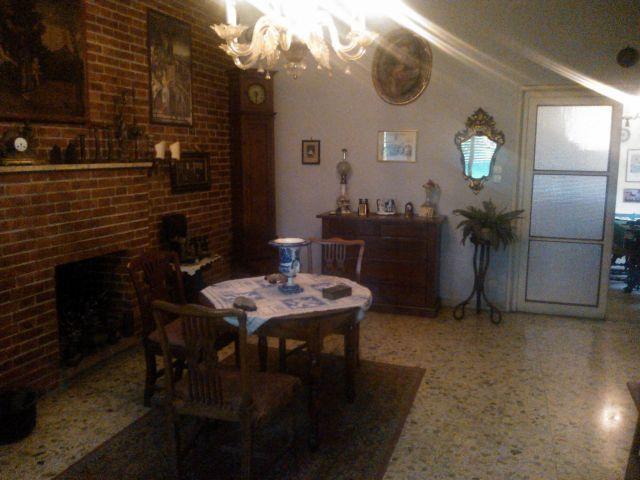 Villa a Schiera in vendita a Lucca, 6 locali, prezzo € 260.000 | Cambio Casa.it