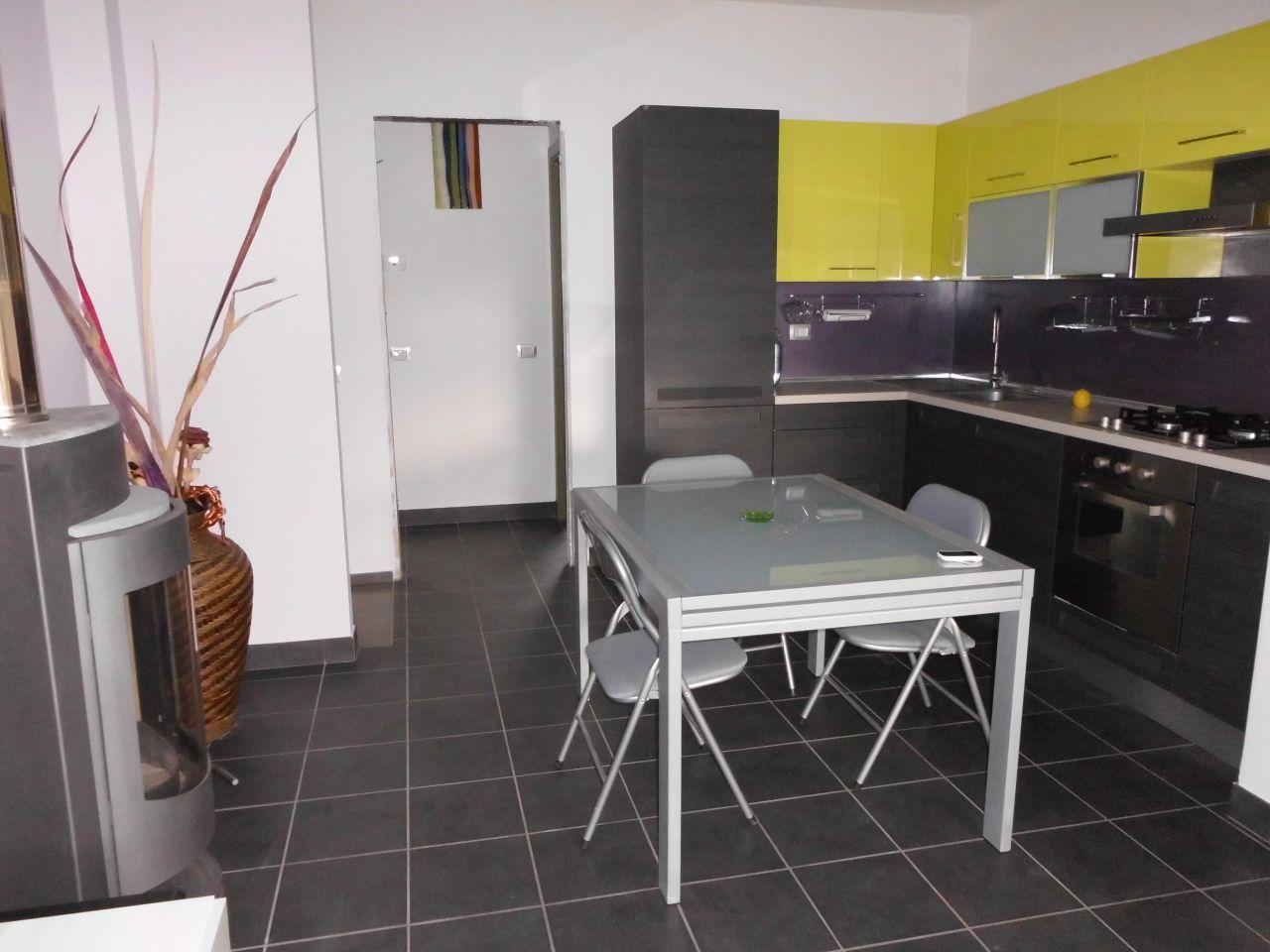 Soluzione Indipendente in vendita a Castelbellino, 4 locali, prezzo € 105.000 | Cambio Casa.it