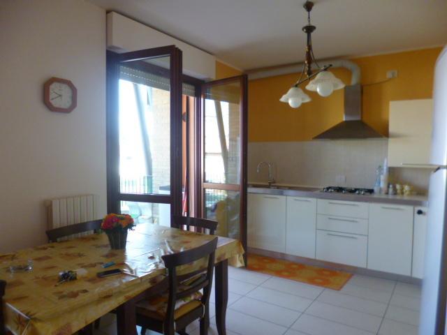 Appartamento in affitto a Monte Roberto, 5 locali, prezzo € 450 | Cambio Casa.it