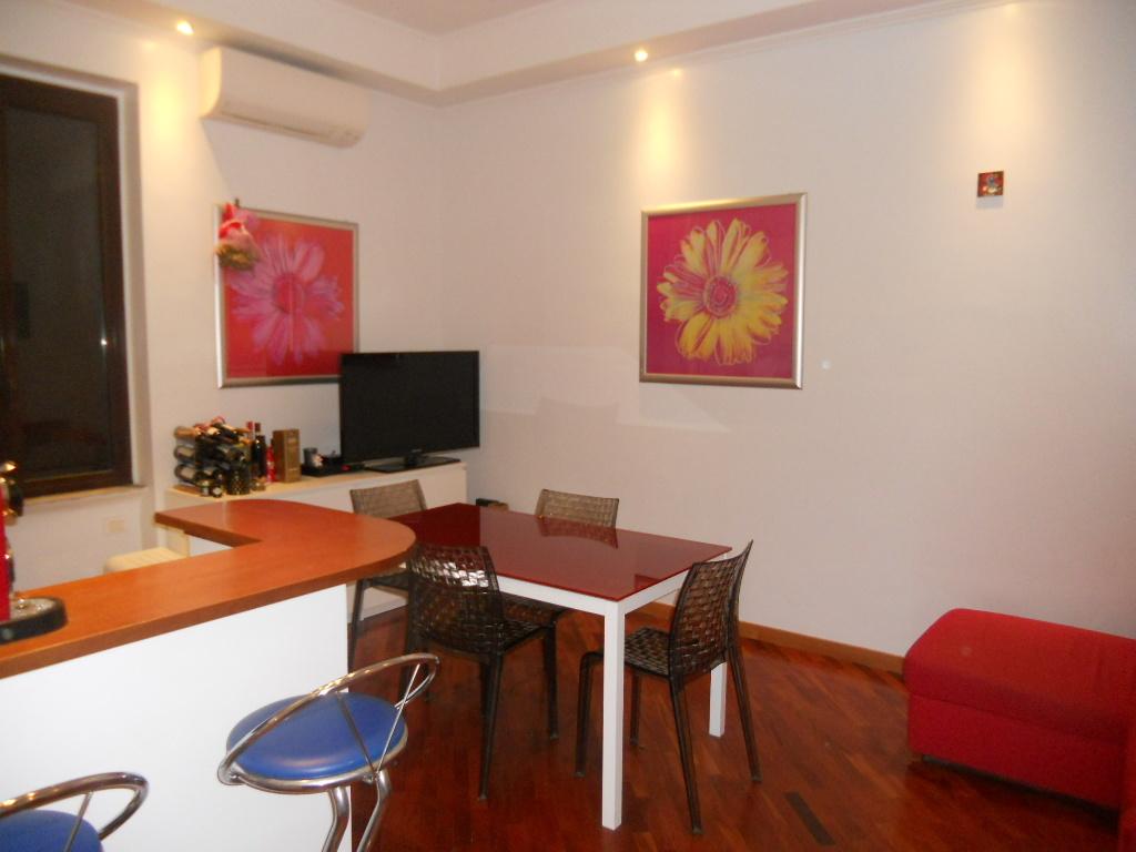 Bilocale affitto roma zona ostiense for Affitto ufficio roma ostiense