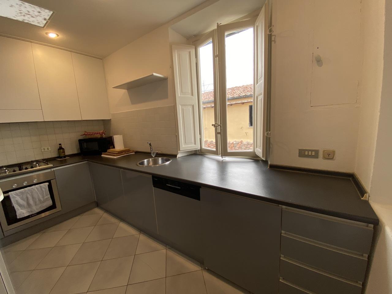 Appartamento in affitto a Centro Storico, Lucca (LU)