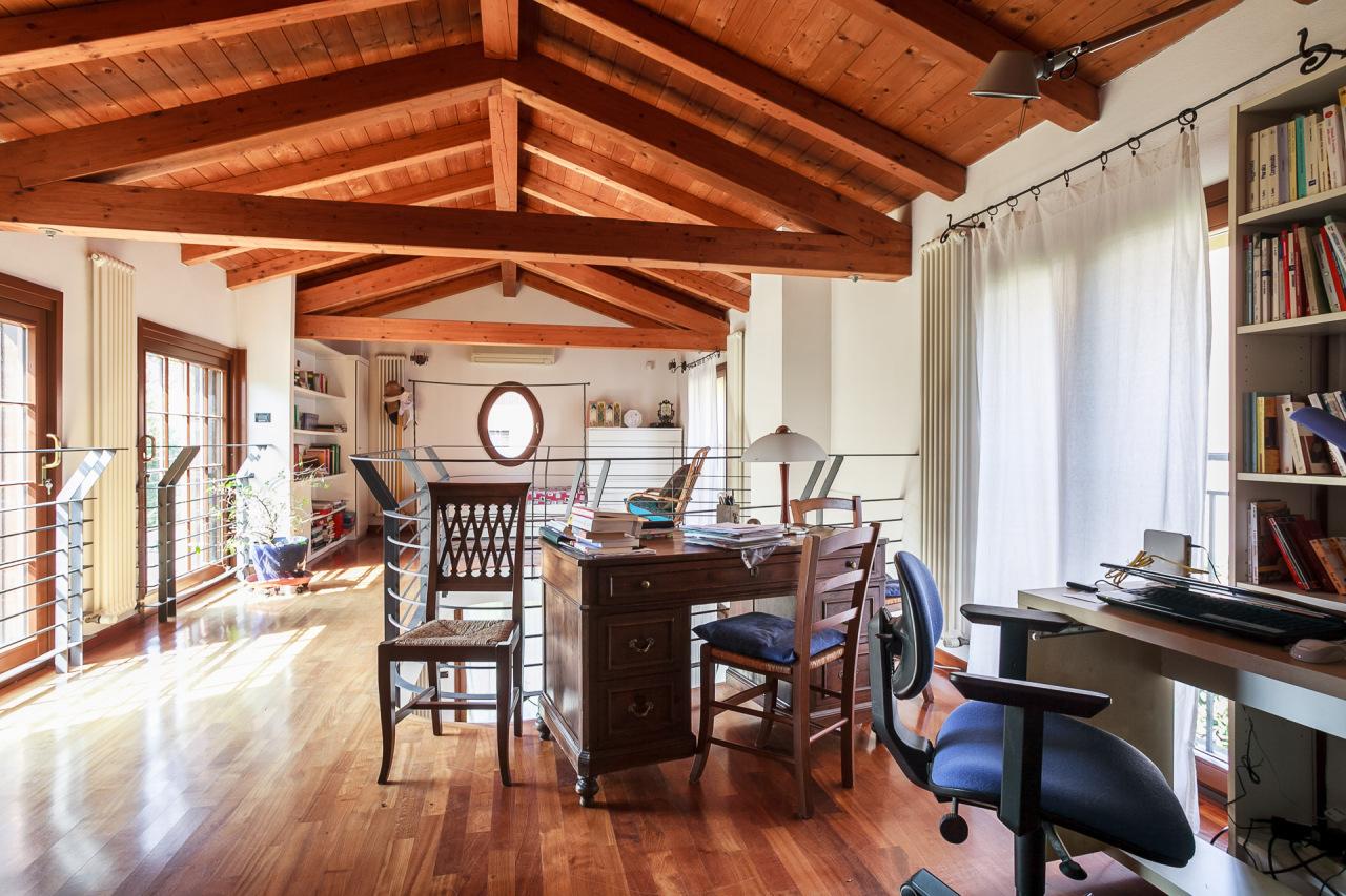 Appartamento, 258 Mq, Vendita - San Pietro In Casale