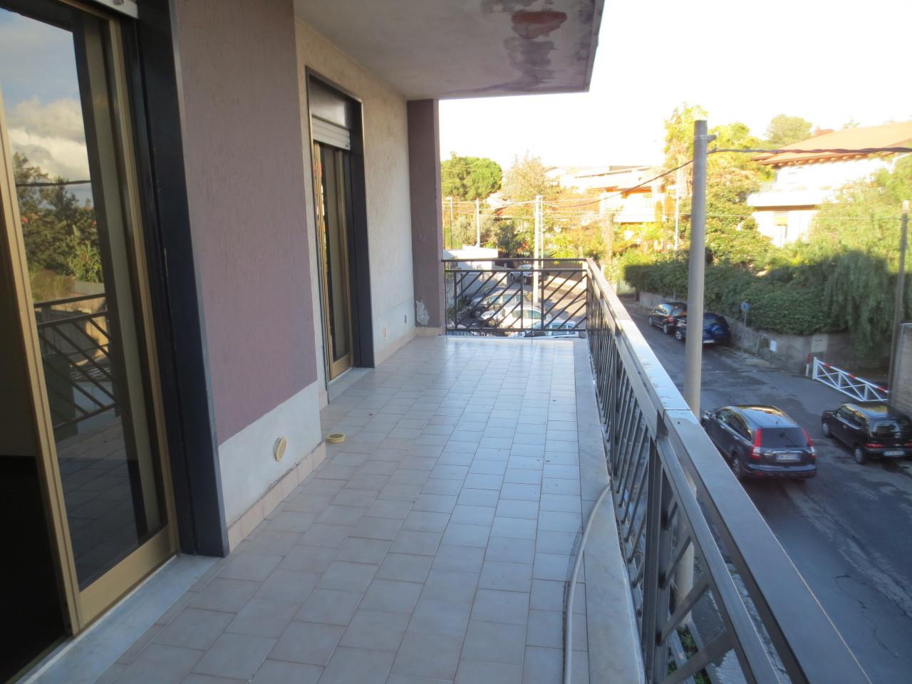 Bilocale Gravina di Catania Via Salvatore Seminara 12 5