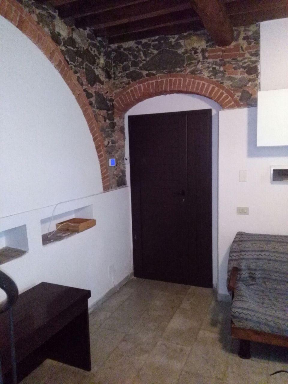 vendita appartamento carrara   84000 euro  2 locali  50 mq