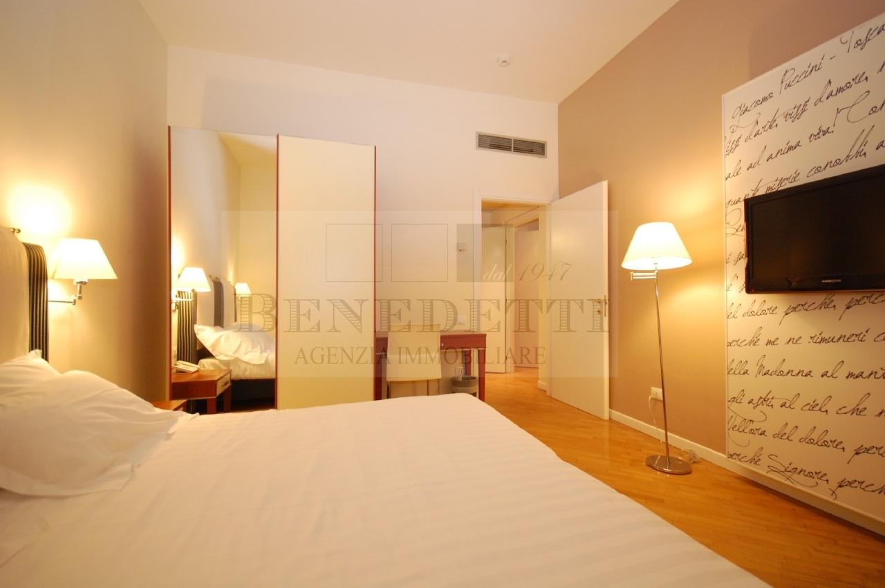 Appartamento in vendita a Viareggio, 2 locali, prezzo € 290.000 | Cambio Casa.it