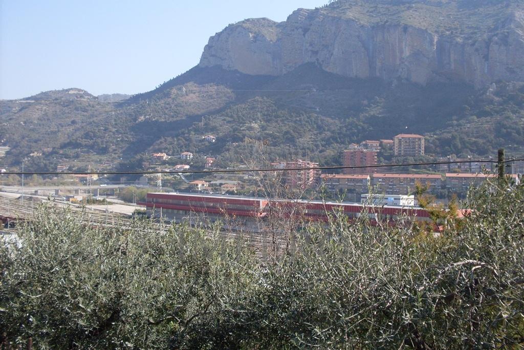 Bilocale Ventimiglia Via Gallardi 8