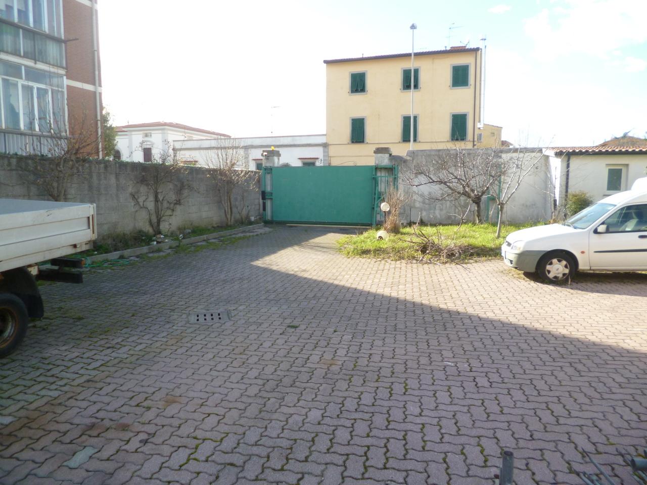 Capannone in vendita a Livorno, 9999 locali, prezzo € 220.000 | Cambio Casa.it