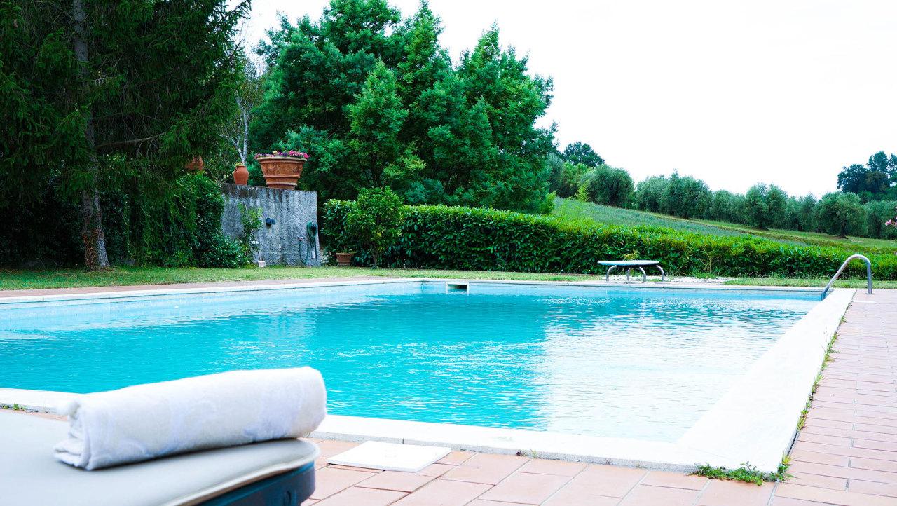 Appartamento in vendita a Crespina Lorenzana, 13 locali, Trattative riservate | Cambio Casa.it