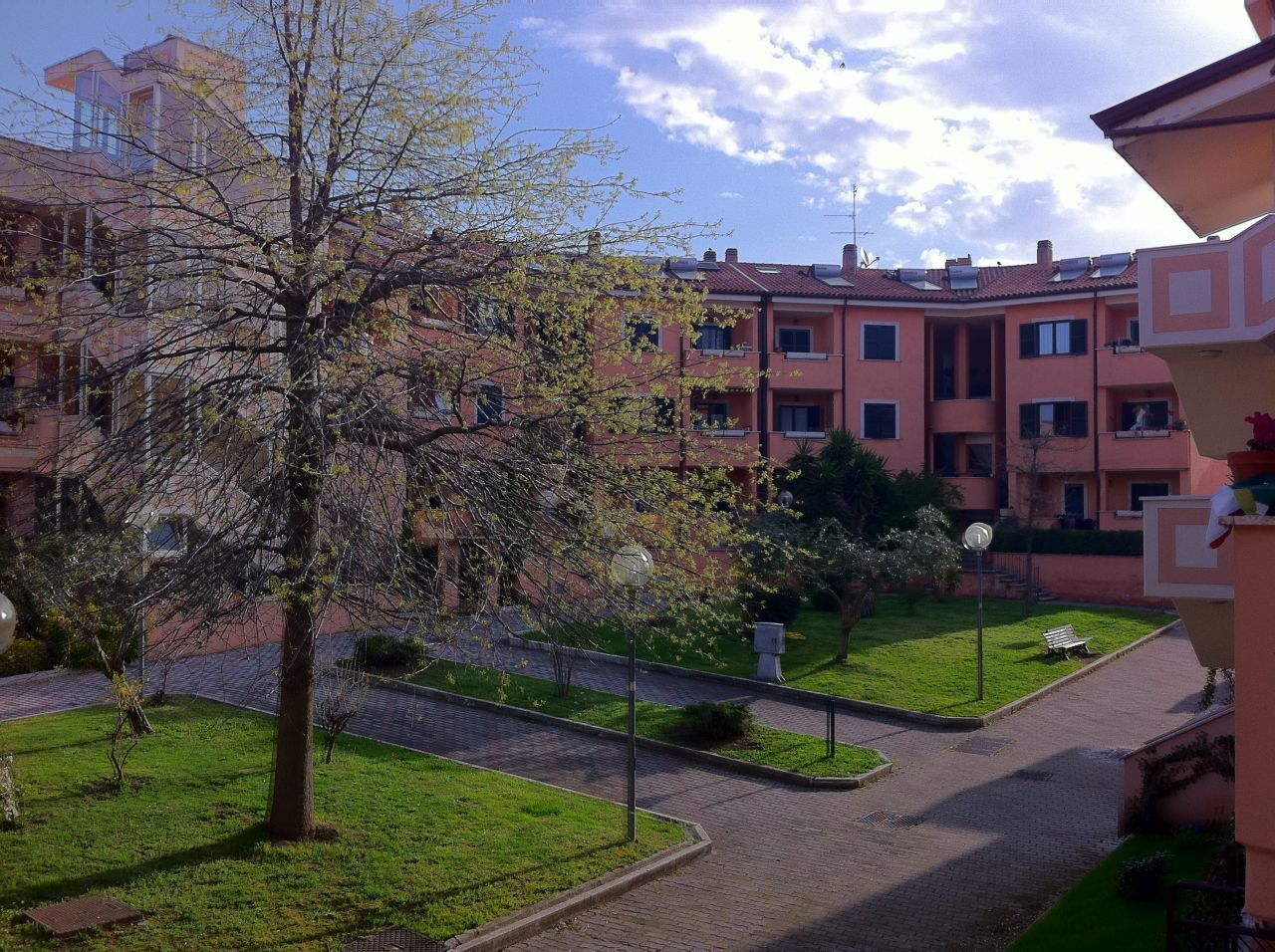 Appartamento in vendita a Grottaferrata, 2 locali, prezzo € 139.000 | Cambio Casa.it