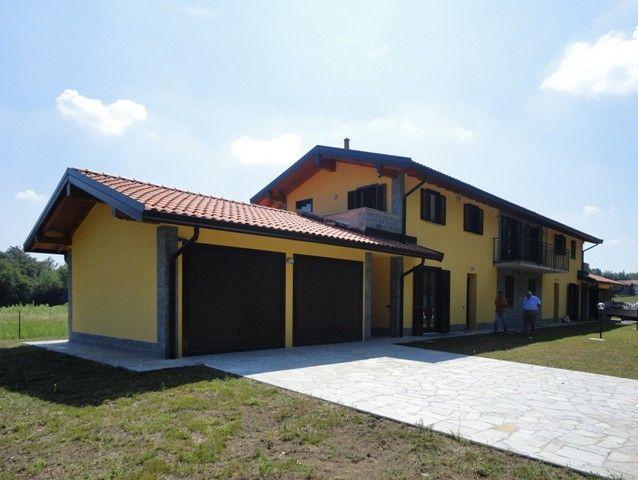 Soluzione Indipendente in vendita a Vergiate, 4 locali, prezzo € 335.000 | Cambio Casa.it